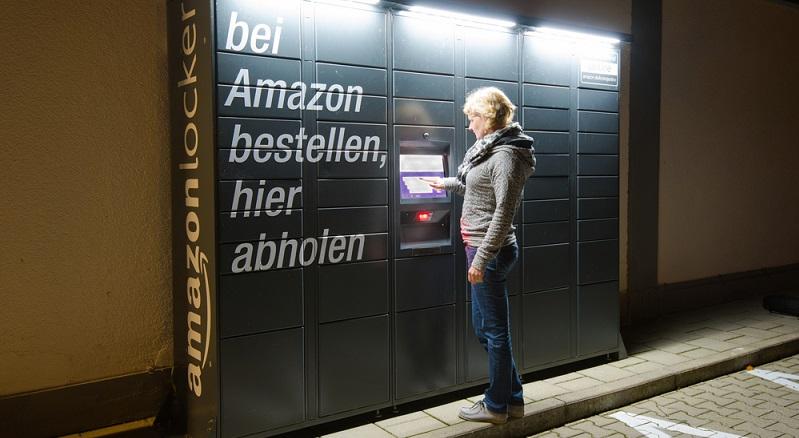 Was ist neu? Betrachtet man den Online-Handel, dann darf man bereits sagen, dass Onlinekauf = Amazon ist. Laut einer Studie des IFH Köln geschieht der deutsche Online-Handel zu 46% bei Amazon. (#01)